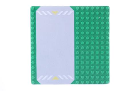 LEGO® Bauplatte 16x16 Noppen grün / Rasen Grundplatte mit Parkplatz gelber Markierung